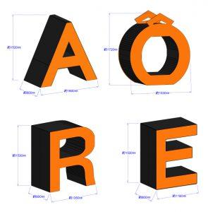 アオーレ長岡 ロゴ オブジェ 大型プラダン ハロウィン アルビ