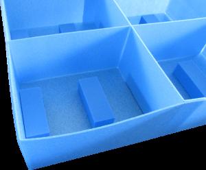 ネオフラットボード 製品保護仕切箱 サンぺルカ 緩衝材取付 傷防止